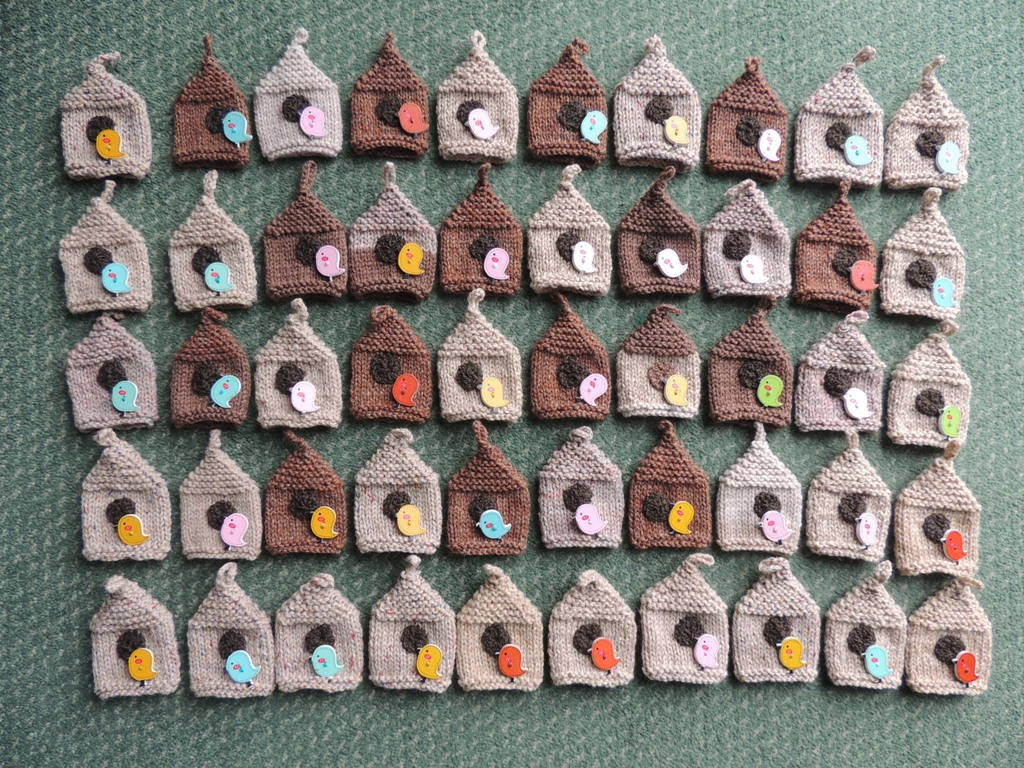 ce3e8e0e2 Innocent Smoothies Big Knit Hat Patterns Button Hats Bird Button.
