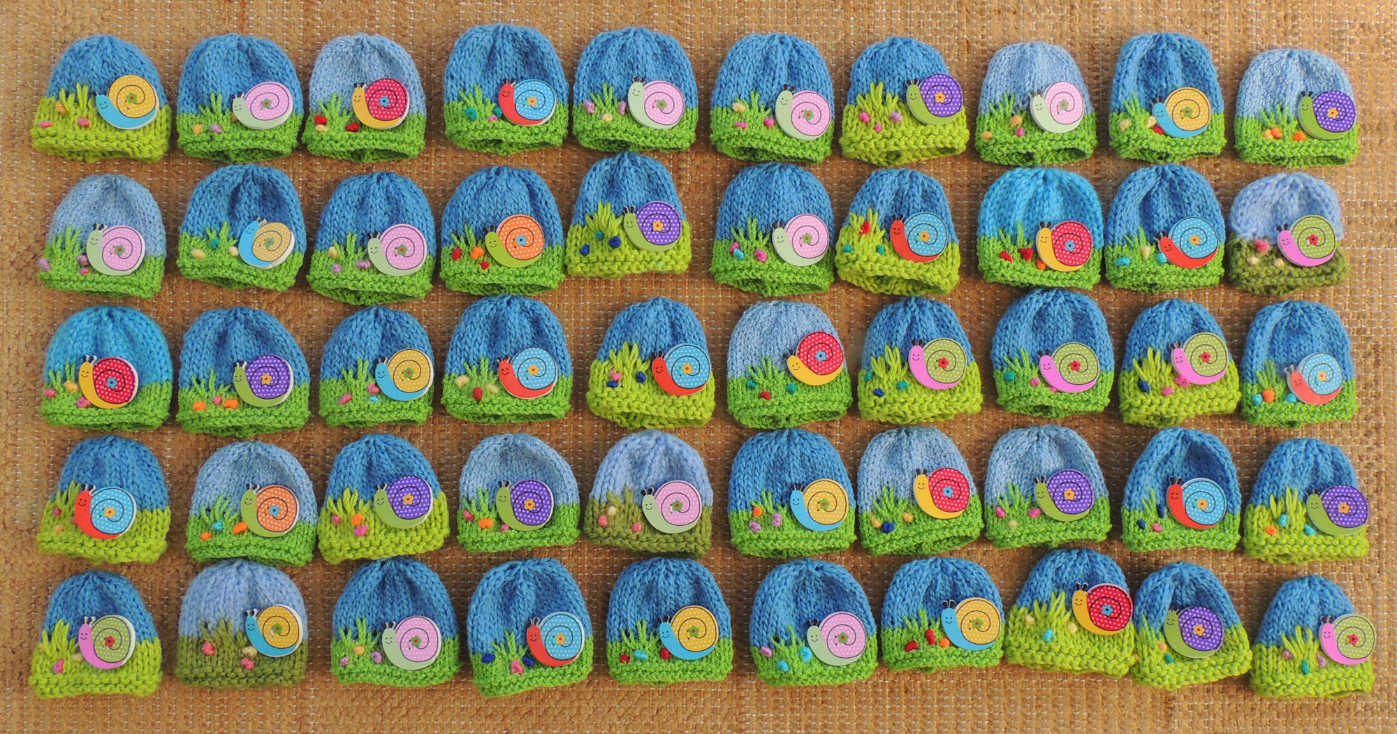 Snail50g innocent smoothie big knit hat patterns button hats snail bankloansurffo Image collections