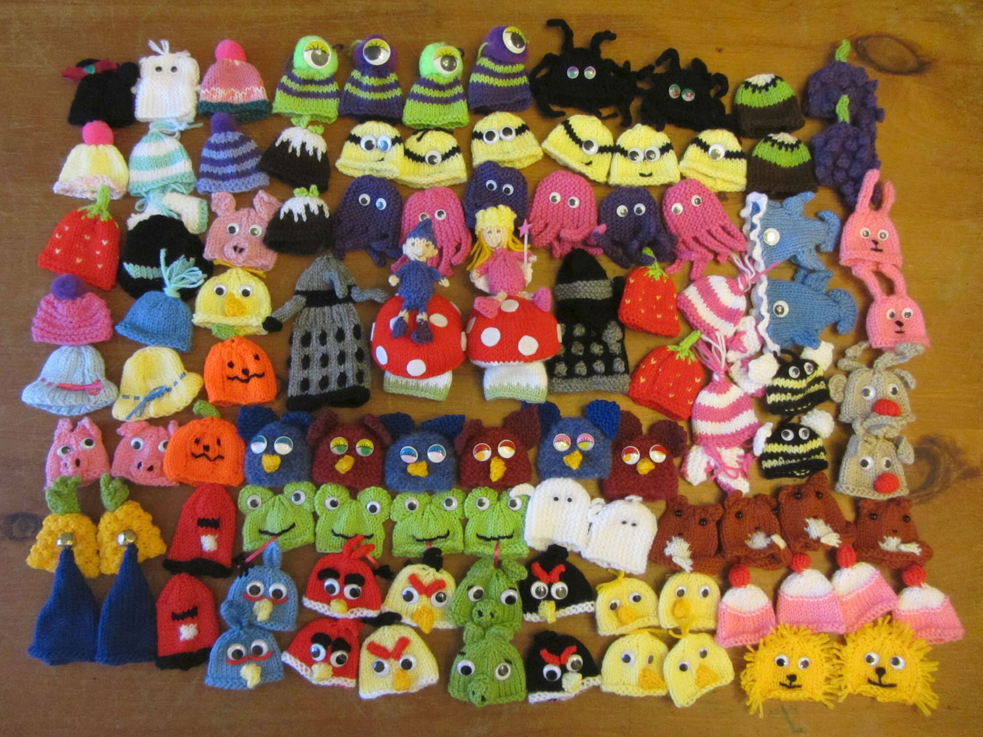 88ecc971a Innocent Smoothies Big Knit 2013 Hats