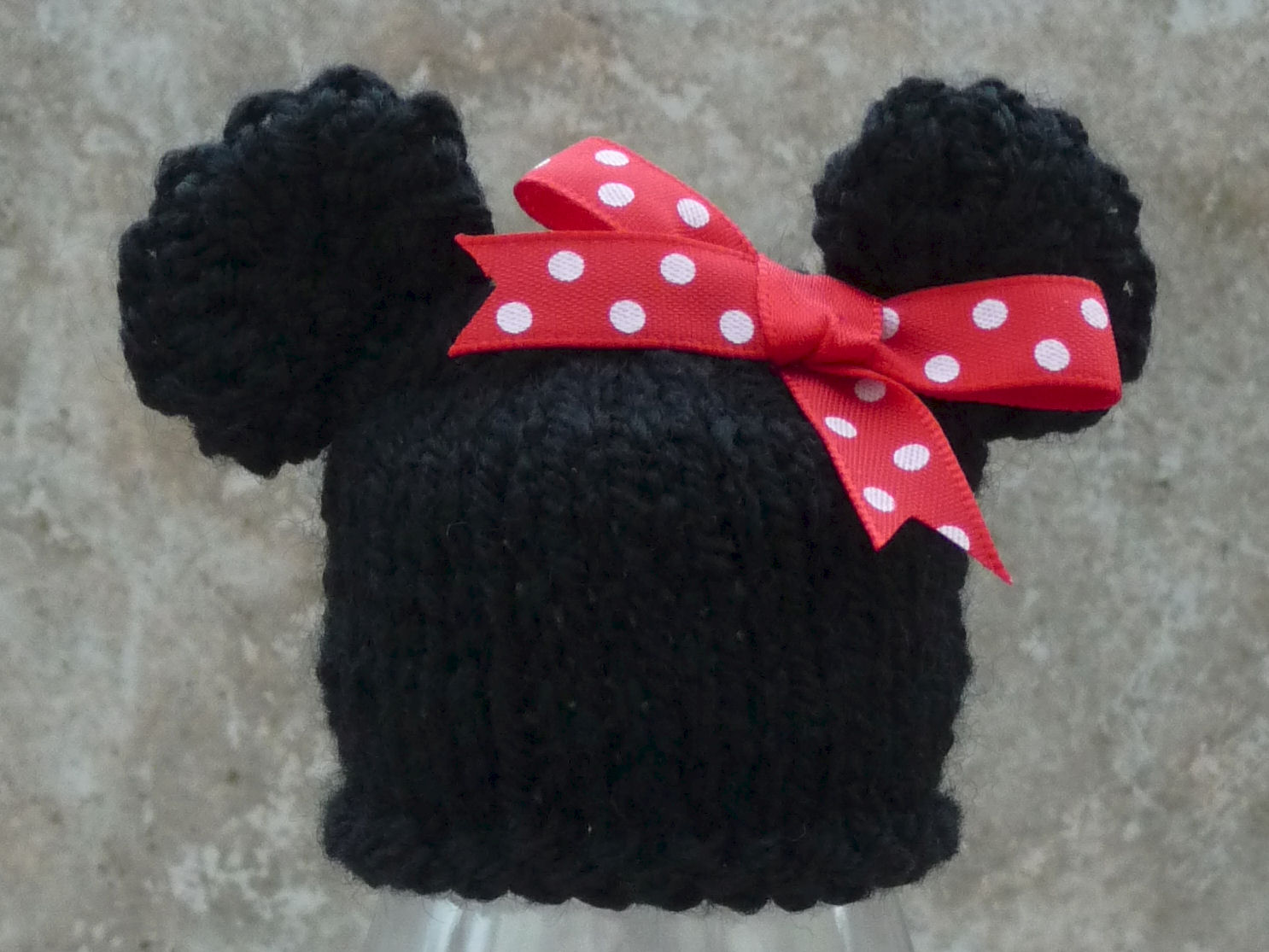 Knitted Minnie Mouse Hat Pattern : Jos Big Knit