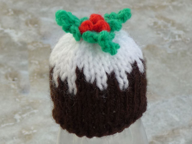 Knitting Pattern For A Christmas Pudding : Jos Big Knit